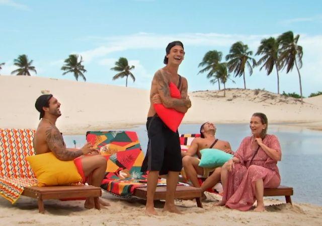 Hadad, Igor, Novinho e Regina na praia