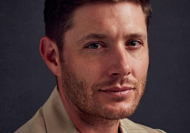 Fotografia do ator Jensen Ackles, conhecido por seu papel em Supernatural, e foi confirmado na 3ª temporada de The Boys